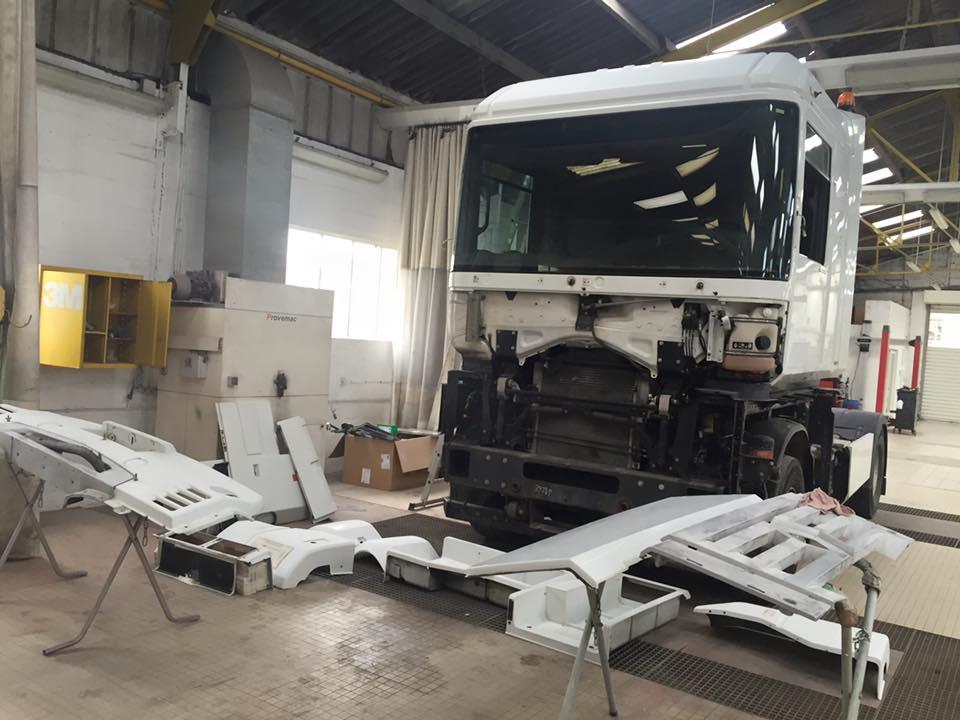 peinture-carrosserie-camion-cherbourg