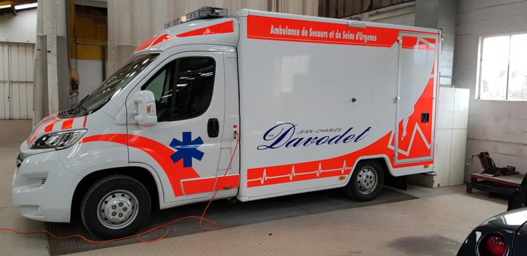 De la carrosserie sur une ambulance !